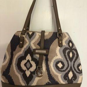Beautiful pocketbook by spartina!
